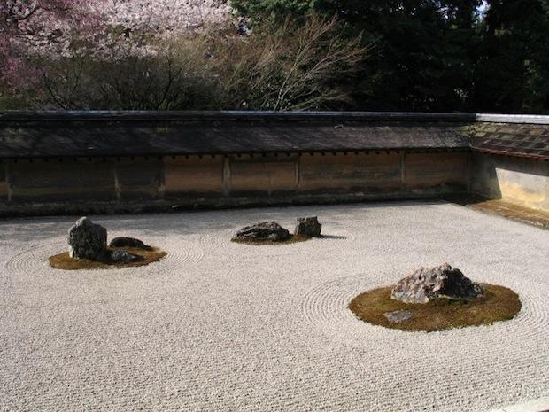 ryoanji-dry_garden-2012-10-30-22-22.jpg